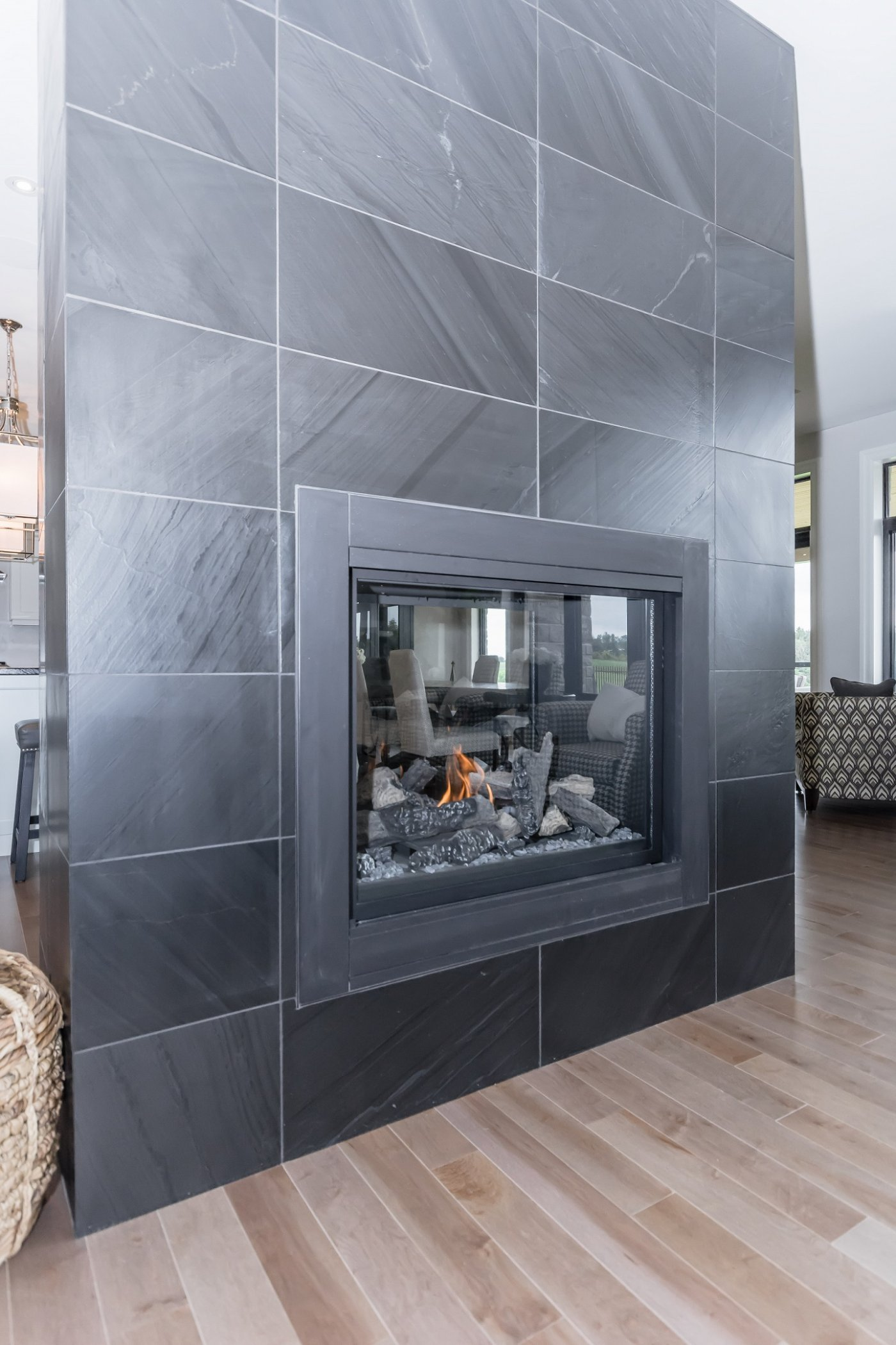 Contemporary fireplace accent wall ceramic decor for Fireplace accent wall